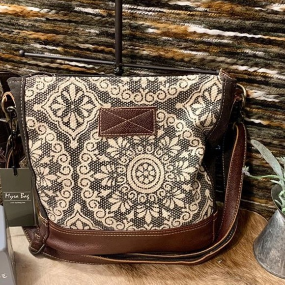 Myra Bag Bags Myra Freaky Print Shoulder Bag S90 Poshmark Officer myra curio was a british witch who worked for the british ministry of magic in london as an expert on examining and dealing with muggle artefacts. myra freaky print shoulder bag s 1900